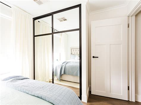 wardrobe vs armoire wardrobe vs armoire 28 images wardrobe closet wardrobe closet corner bedroom
