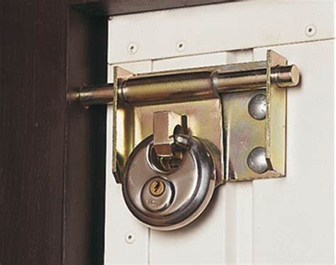 Install Garage Door Lock by Follow Simple Steps To Install A Garage Door Lock In