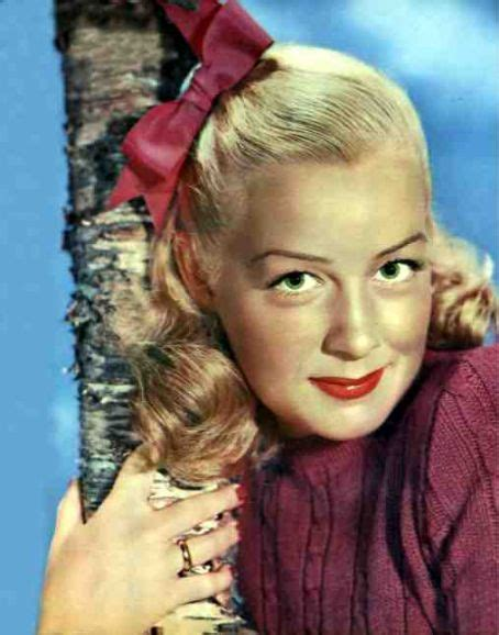 get your brows on betty 1940 s fashion get the makeup look of betty hutton eaumg