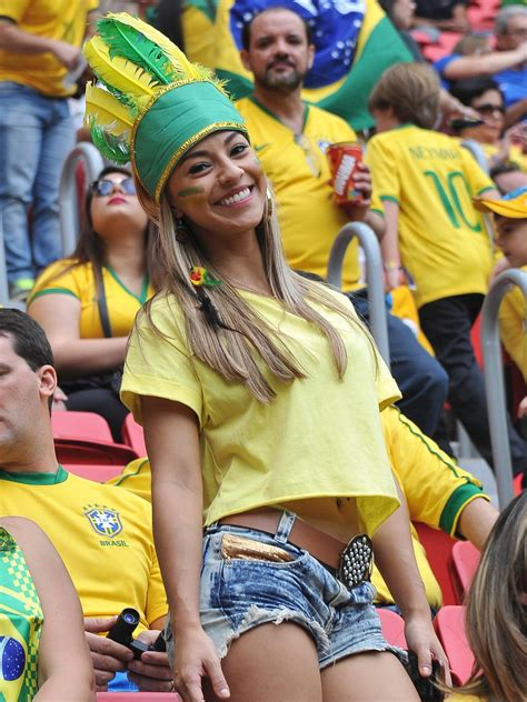 hot female fans world cup 2018 30 hottest female fans spotted at the 2014 fifa world cup