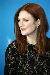 julianne moore julianne moore at maggie s plan photocall in berlin 02 15