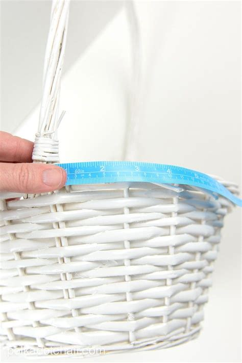 pattern for fabric easter basket liner 1000 ideas about basket liners on pinterest bicycle