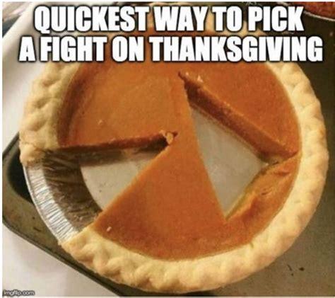 thanksgiving memes   funny thanksgiving memes