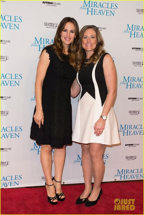 The Miracle Garner Garner Premieres Miracles From Heaven In Photo 3585645 Garner