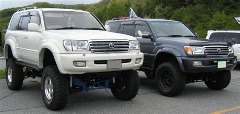 land cruiser lift image gallery lx470 lifted