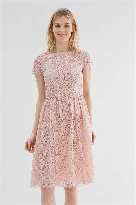 Layer Lace esprit layered lace dress in a midi length at our shop