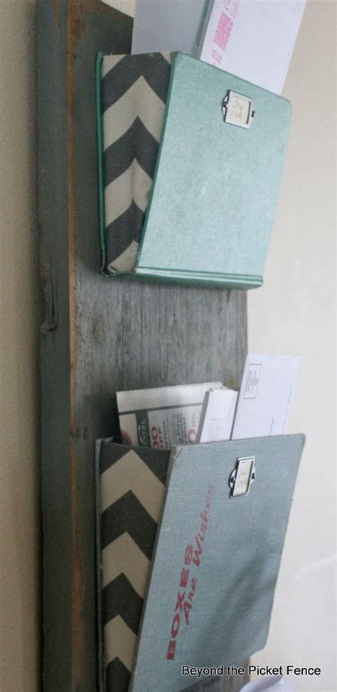 40 cool diy projects made with books page 9