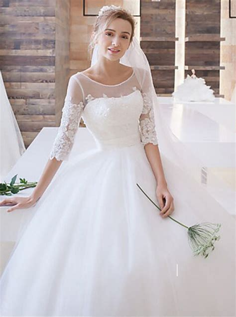 classic ball gown wedding dress with sleeves princess