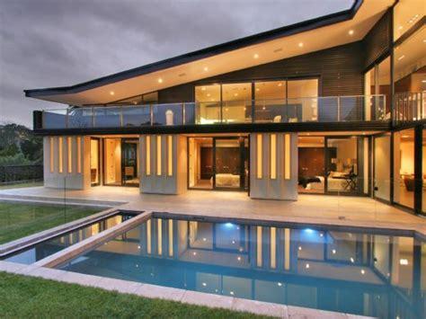 house amenities modern new zealand glass house frames luxurious features