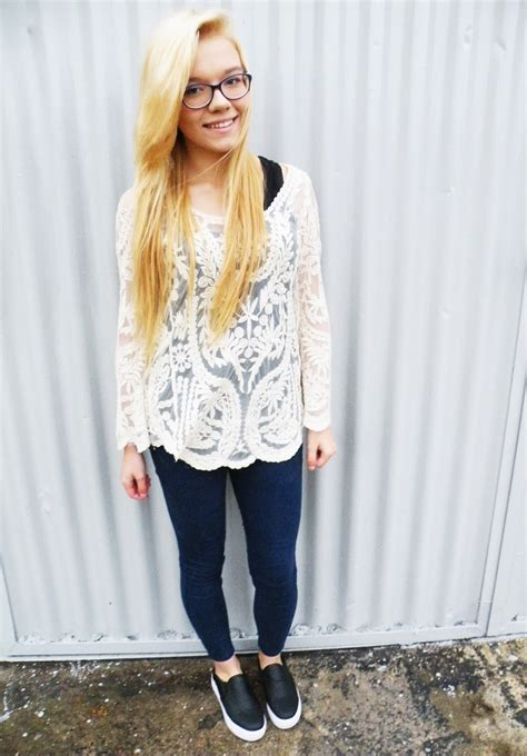 Donut Blouse donut worry be happy ootd lace girly blouse