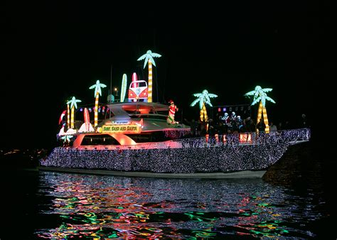 newport boats corona newport beach christmas boat parade to have grand marshals