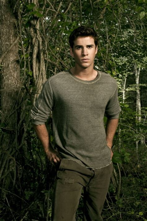 gale hawthorne hunger games character bios the hunger games trilogy