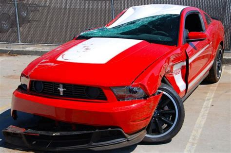 ebay crashed  ford mustang boss