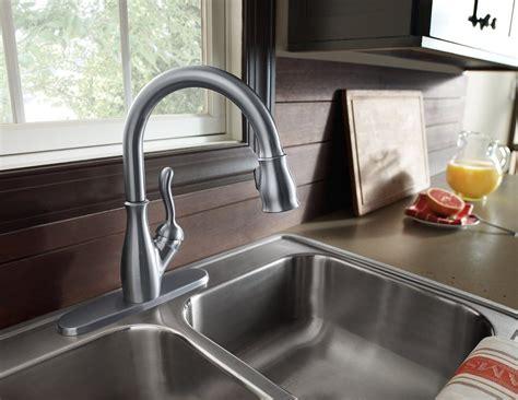 identify kitchen faucet 100 images delta faucet