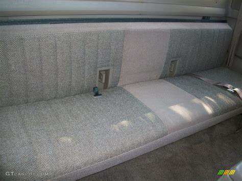 ford f250 bench seat 1992 ford f250 xlt extended cab rear seat photo 67673902