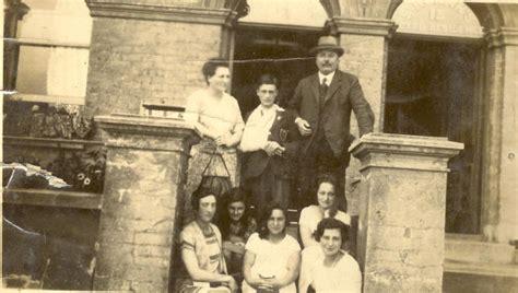 King & Queen, 105 Newington Butts, Newington SE11 John Adams Family Pictures
