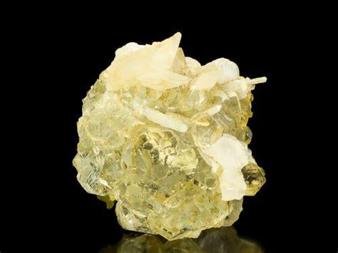 fluorite quartz calcite asia quartz and oxides