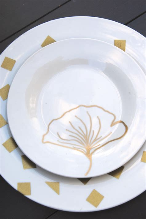 diy plate decorations 3 ways fall decor on a dime