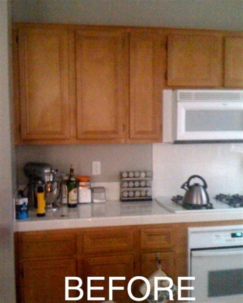 Kitchen Cabinet Spray Paint by Updating A Kitchen For Makecakenotbombs Homemade Crap