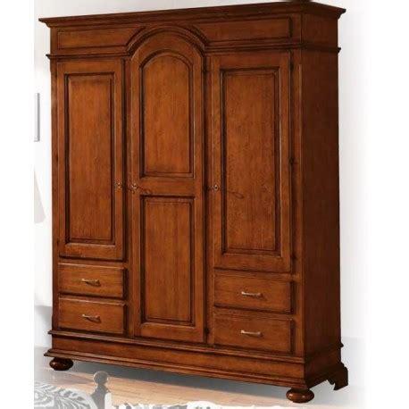 armadio con cassettiera armadio classico con cassettiera arredamenti callegari