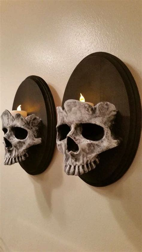 Skull Decorations For The Home 25 Best Ideas About House On Scary Decorations Spooky