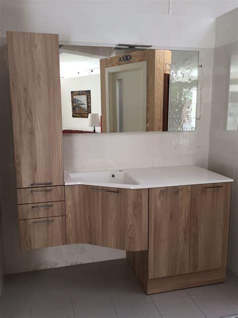 mobili esposizione scontati mobile bagno lavanderia arbi a prezzi scontati arredo