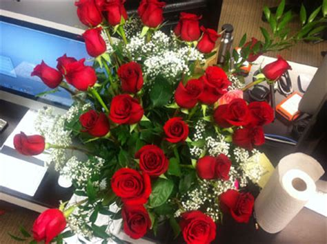 flower delivery valentines day the logistics of delivering flowers on s day