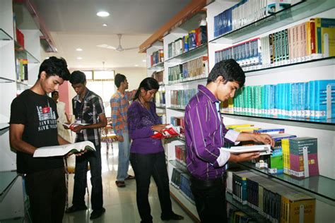 Pillai College Mba Fees by Pillai Hoc College Of Engineering And Technology Phcet