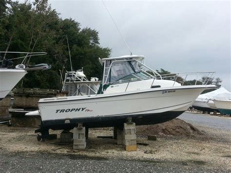 trophy boats history 2005 bayliner 2352 trophy power boat for sale www