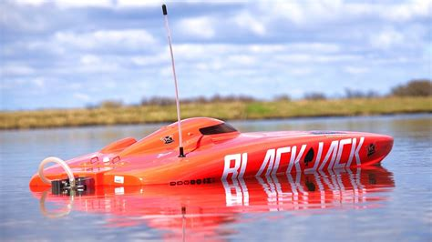 rc ski boat make your own wake the 10 best rc boats of 2018 unleash