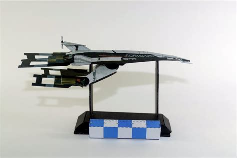 Mass Effect Papercraft - mass effect s normandy papercraft by airasumi on deviantart