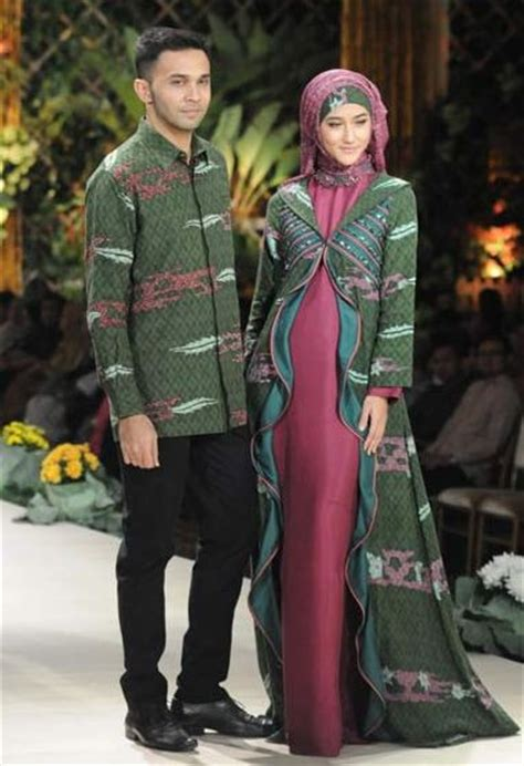 desain baju batik couple 17 best images about fashion is a girl thing on pinterest