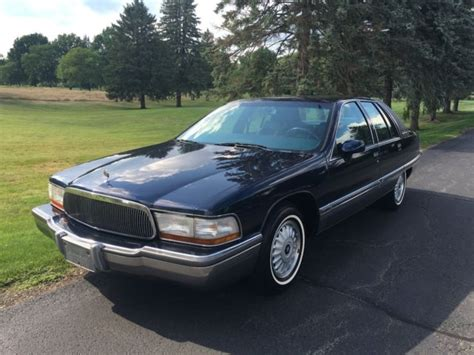 how petrol cars work 1993 buick lesabre on 1993 buick roadmaster limited 5 7l v8 fuel injected for sale photos technical specifications