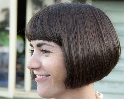 rounded bob haircut pictures rounded bob hairstyle goes well thick front fringe