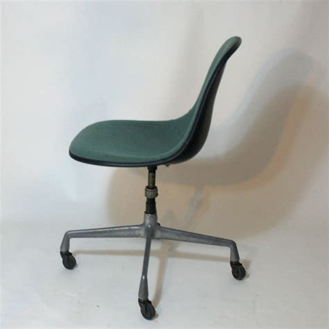 herman miller dining chairs vintage vintage herman miller fabric fiberglass side chair ebay