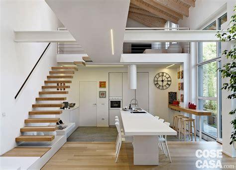 tetto casa loft una casa sottotetto a doppia altezza cose di casa