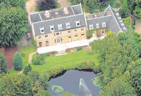 villa eikenhorst interieur huis ten bosch krijgt fraaie tuin en nieuwe gordijnen