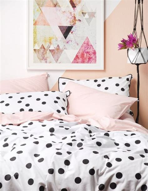 bright home decor 33 fun and bright polka dot home d 233 cor ideas digsdigs
