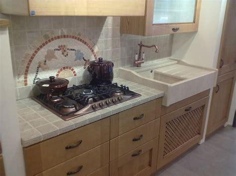 piastrelle per top cucina piastrelle top cucina beautiful piastrelle top cucina