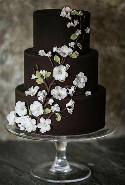 38 Bold and Chic Black Wedding Cakes   Wedding Philippines