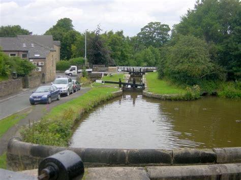 pennine waterways news august 2011 pennine waterways news marple locks half day stoppages