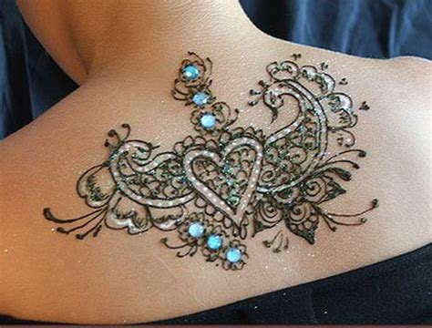 henna tattoo upper back unique temporary design on back for