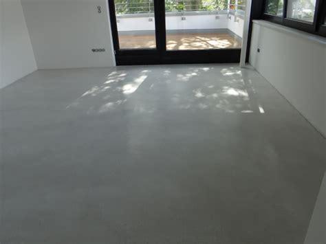 gespachtelter betonboden fugenlose spachtelb 246 den betonboden loftboden mineralisch