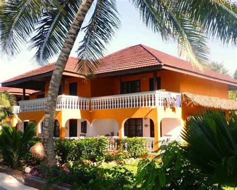 mnarani superior room picture of mnarani beach cottages