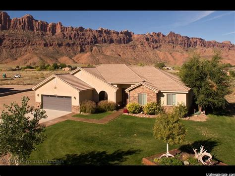Homes For Sale Moab Utah by Homes In Moab Utah Arches Real Estate
