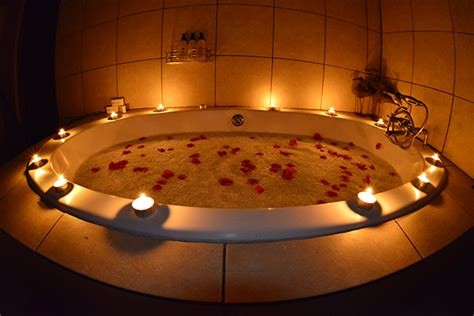 bathtub candles cheetah plains private game reserve for the big five and