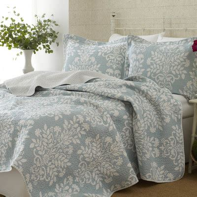 coastal quilts and coverlets coastal style bedding uk room ornament