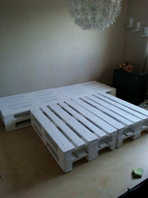 Pallet Bedroom Furniture Best 25 Wooden Pallet Beds Ideas On Pallet Platform Bed Pallett Bed Frame And