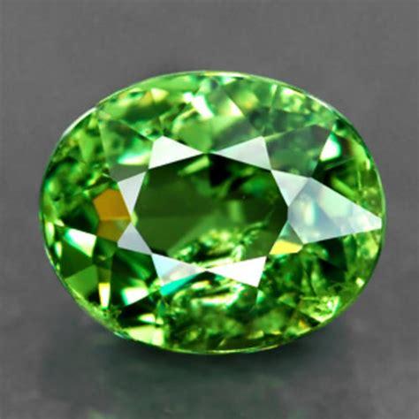 garnets just jewels top green demantoid garnet 0 85
