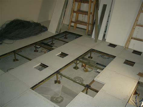 Raised Flooring by Raised Floor For Server Room Gurus Floor